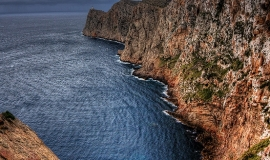 Cliff_At_The_Sea